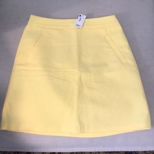 The Limited NWT yellow skirt size 4